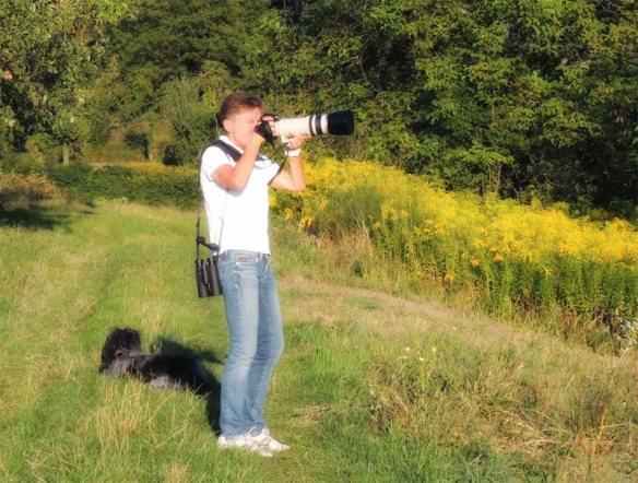 Bettina Haßler schießt nur mit der Kamera auf Vögel